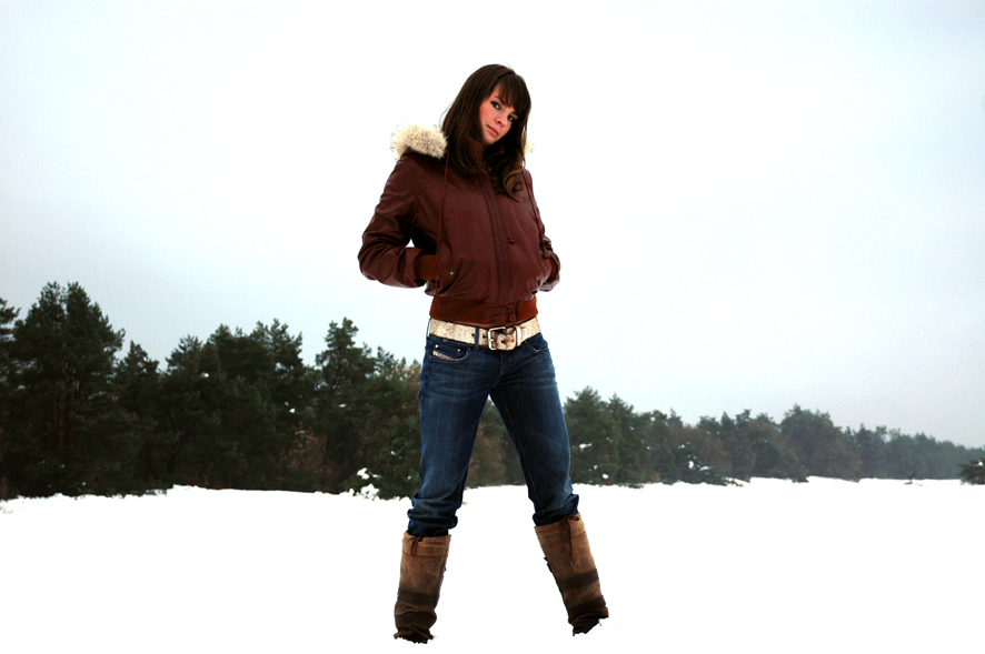 woman-and-snow-4-1403609